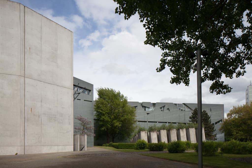 到柏林參觀猶太紀念館
