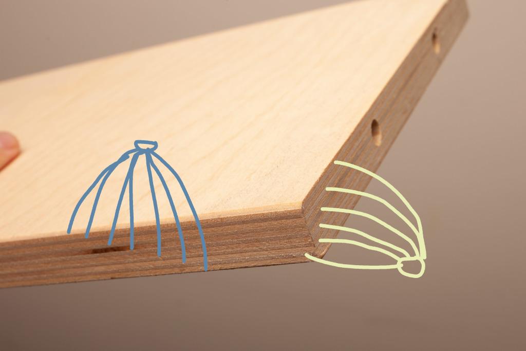 樺木夾板是由樺木薄板,以垂直及水平木紋間隔貼合製成。 達成堅固,不易變型的結構力。